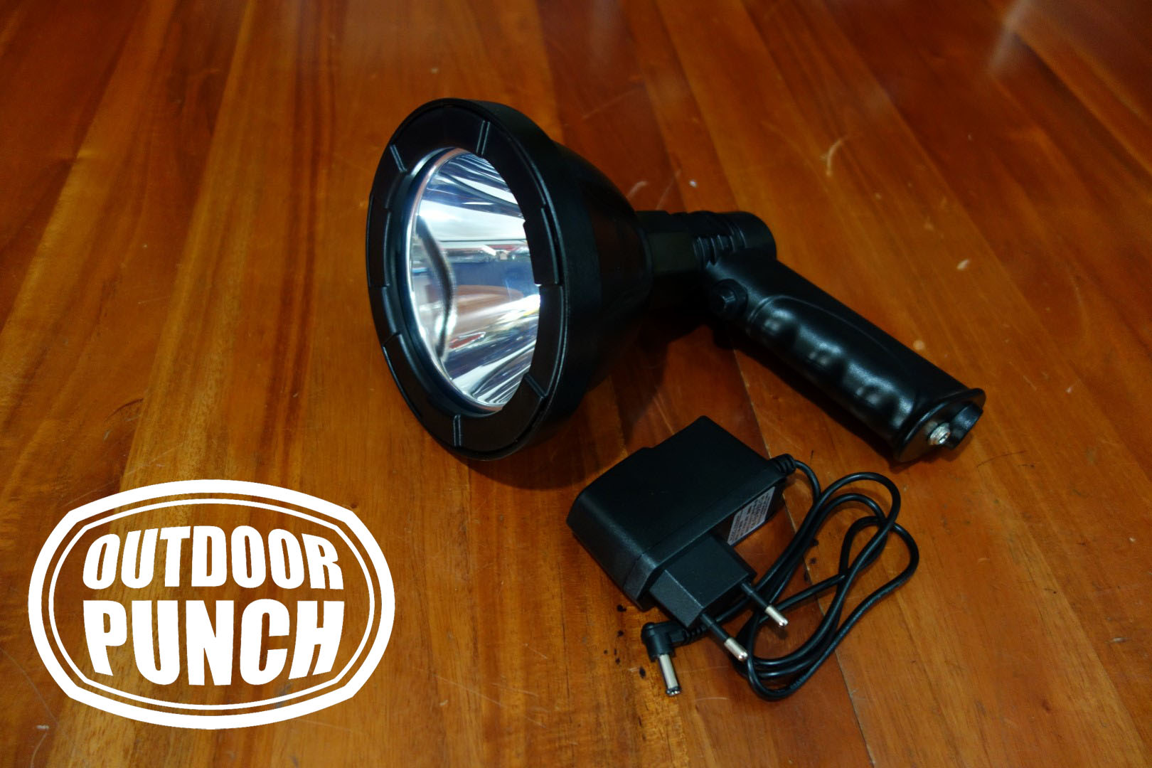 Hunting Spotlight LED 10w (Li Ion Battery)